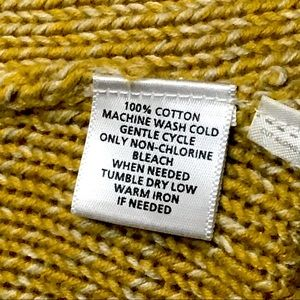 LOFT Sweaters - LOFT mustard chunky cable knit short sweater